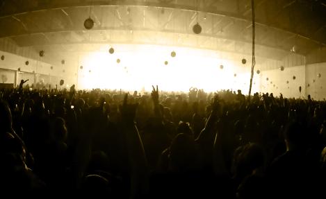 Crowded Live